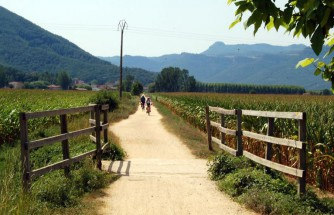 Cycling route along the greenways: Garrotxa, Girones and Baix Empordà